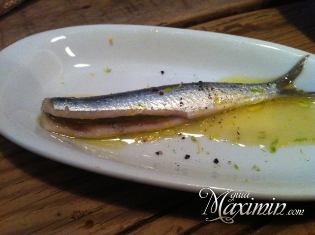 boqueron marinado con raspa