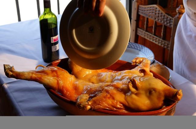 cochinillo asado-Segovia