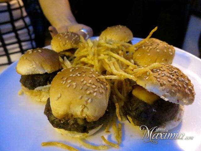 mini hamburguesa rabo de toro