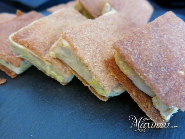 Corte de Foie-gras con teja crujiente de naranja