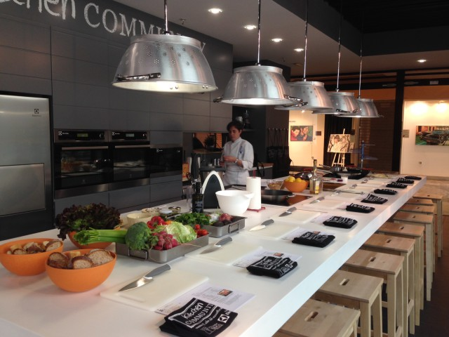 KitchenCmty01