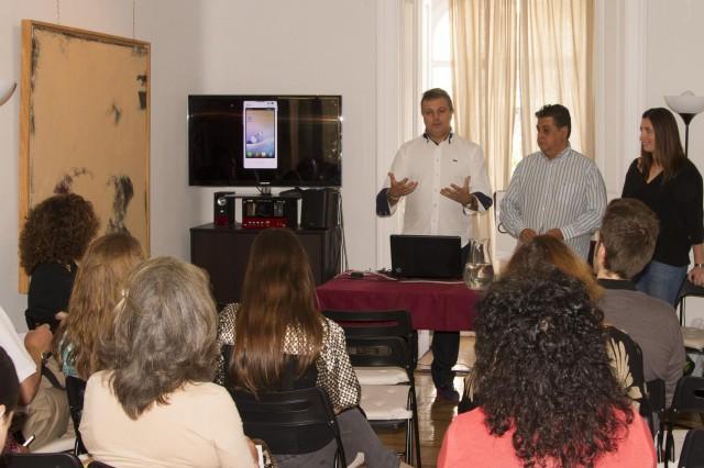 Orestes Perotas,javier Valdeolivas y  Paula Cardeñoso en la presentación