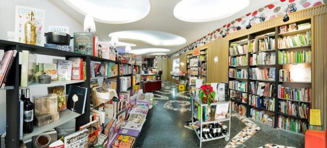 A Punto, vista libreria panoramica