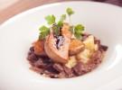 Escalope de foie gras de pato con setas y salsa de PX, La Colchonería de La Camarilla