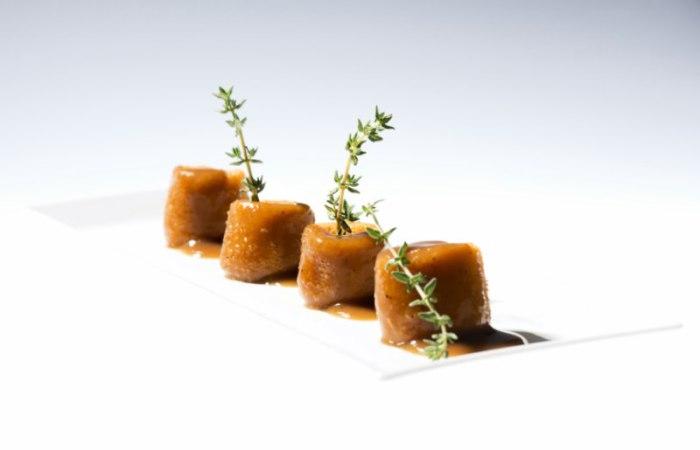 Patatinas rellenas de crema de chorizo, Quince Nudos