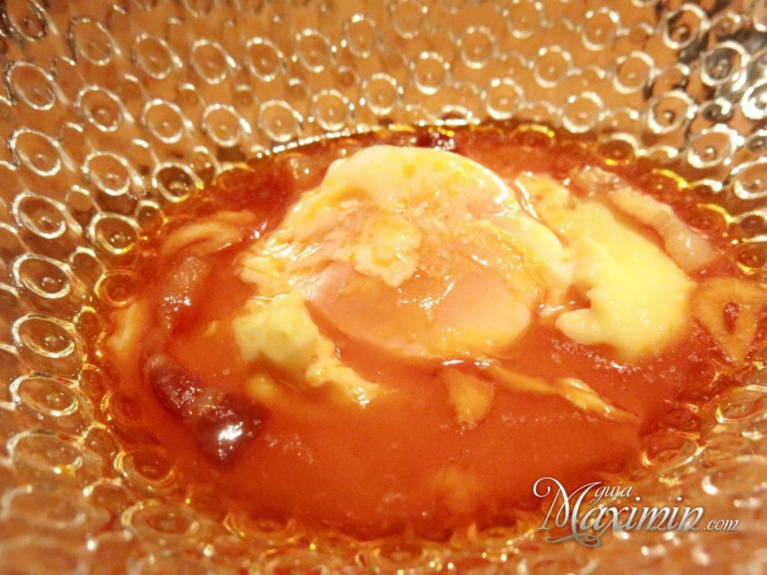 huevo escalfado rooster