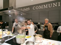 Kitchen Community3
