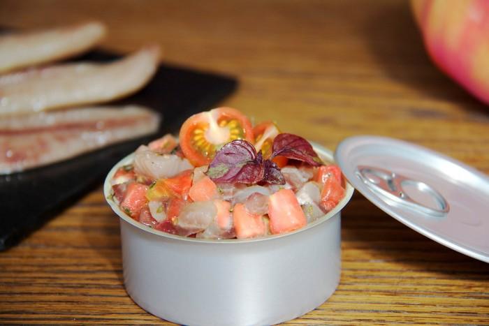 tartar de sardina ahumada de Santoña