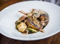 La Dominga-Bacalao marinado en Shiro-miso con verduras ecológicas al wok