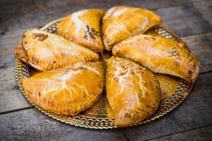 Empanadas, Pastelerías Lyon
