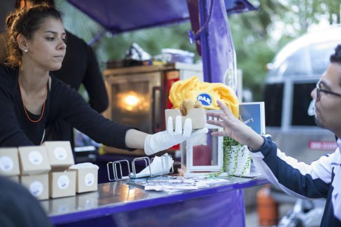 La-Cuchara-Street_Food-truck-en-MadreEat-15-1024x683