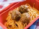 Spaghetti con le polpette, con albondigas de ternera en salsa de tomate - Lauricca