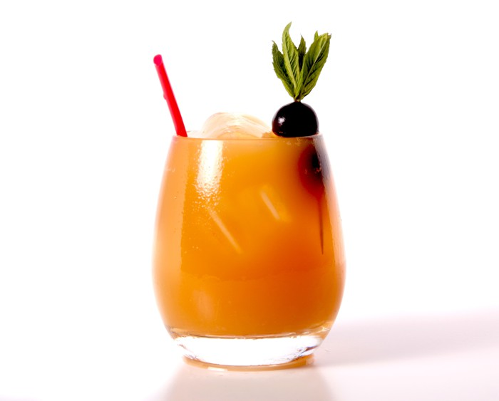 Cóctel sin  alcohol_multifruta_Trattoria SantArcangelo