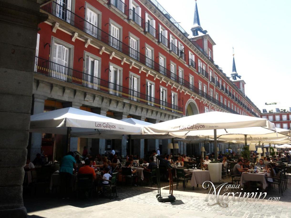 Los Galayos: Barra y Mantel (Madrid)