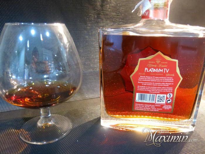 botella-y-copa-3-700x525