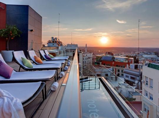 Hotel Indigo_terraza