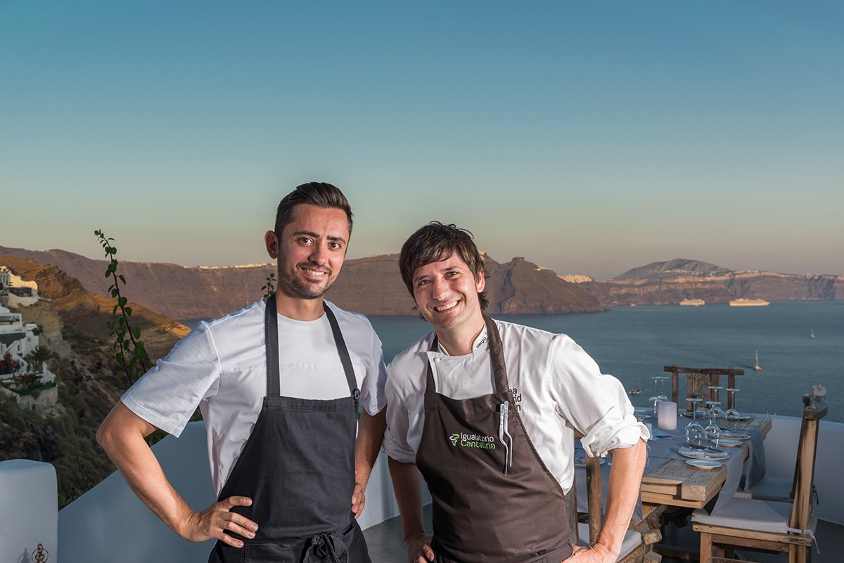 La isla griega de Santorini disfruta de la cocina de Sergio Bastard