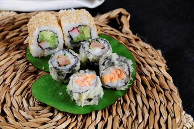 Sushi crispy salmón, Sushi crispy pato, Sésamo roll, Go! Sushing
