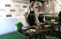 El oso deja el madroño para tomar la Ensalada Gourmet de Rodilla-Florette (Madrid)