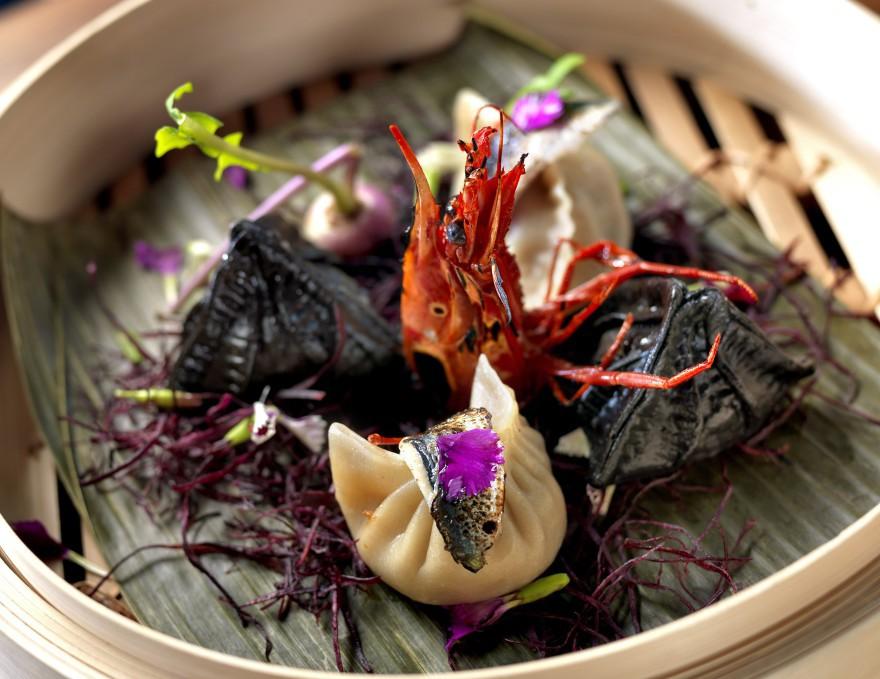 Gyozas de gamba y carne de cerdo ahumada + sardinas _ La Barra del Soy Kitchen