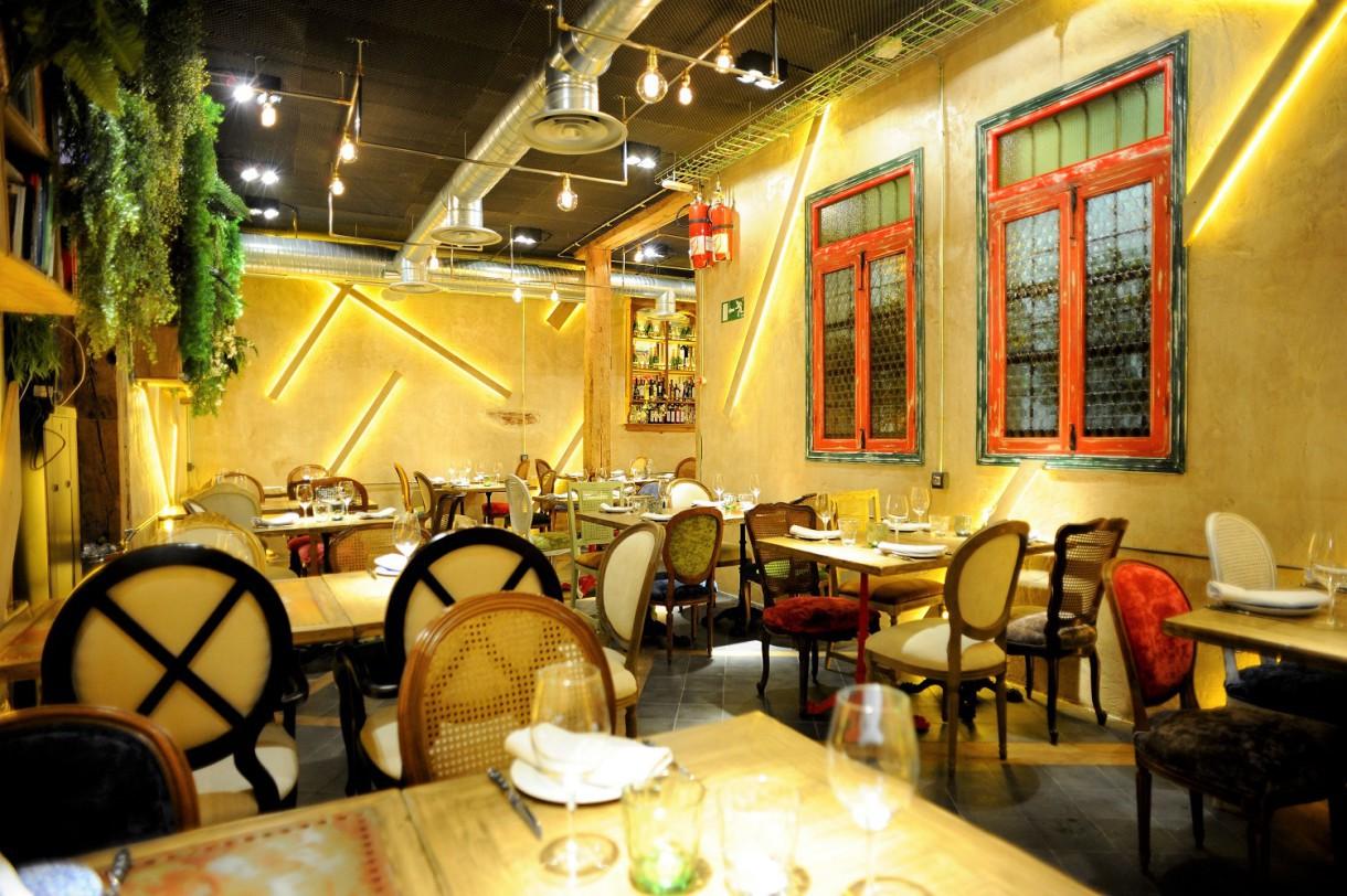 Cuatrodeocho dos espacios para disfrutar de una buena mesa (Madrid)