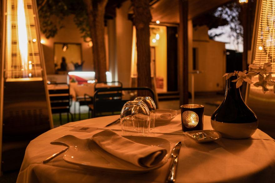 Detalle Mesas Noche El Jardín De Alma