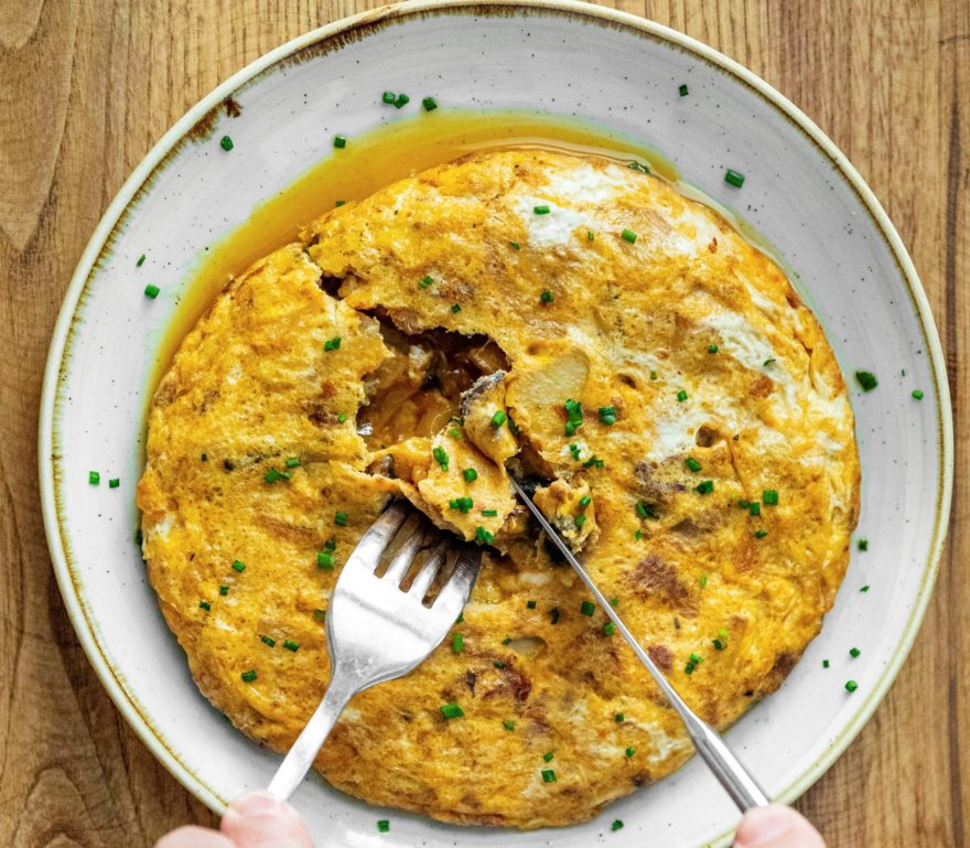 La Tortilla De Patata Con Mejillones En Escabeche La Nobia