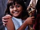 La niña de Slumdog Millionaire es puesta en venta por su padre