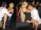Elton John expulsa a Paris Hilton de su fiesta por comportamiento indecente