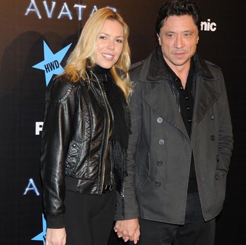 Carlos Bardem y Agnes Kiraly en el estreno de Avatar