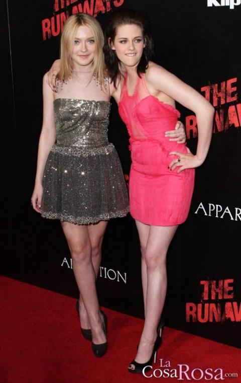 Dakota Fanning y Kristen Stewart