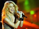 Shakira premiada por su labor social