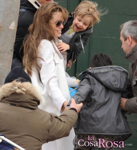 Polémica por el look de niño de Shiloh, hija de Angelina Jolie y Brad Pitt
