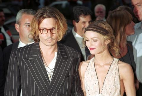 Vanessa Paradis, celosa de la relación de Angelina Jolie con Johnny Depp
