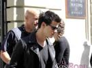 Taylor Lautner, de compras por Madrid