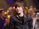 Justin Bieber duda del cariño de sus fans y se siente solo