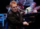 Elton John estuvo a punto de morir por las drogas