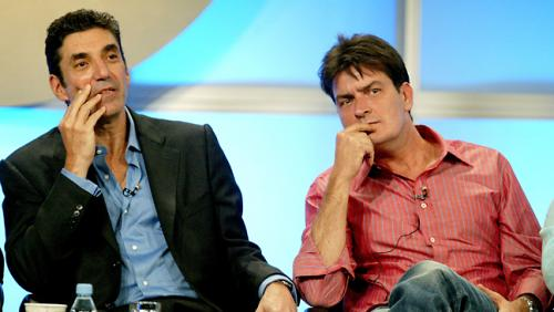 Chuck Lorre y Charlie Sheen