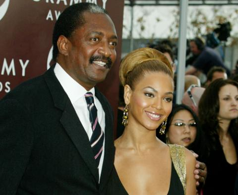 beyonce-and-matthew-knowles.jpg