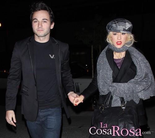 Christina Aguilera, detenida por intoxicación etílica y su novio, por conducir borracho