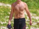 Jon Bon Jovi, fotos en la playa tras los rumores