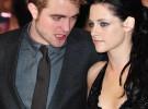 Robert Pattinson, en Londres y Kristen Stewart, en Los Ángeles por Navidad