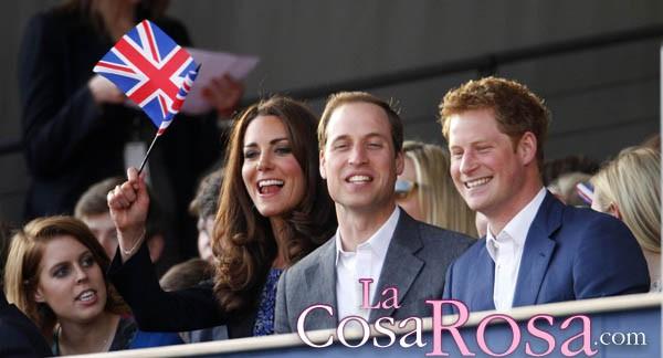 Kate Middleton se divierte durante el concierto del Jubileo de la Reina Isabel II