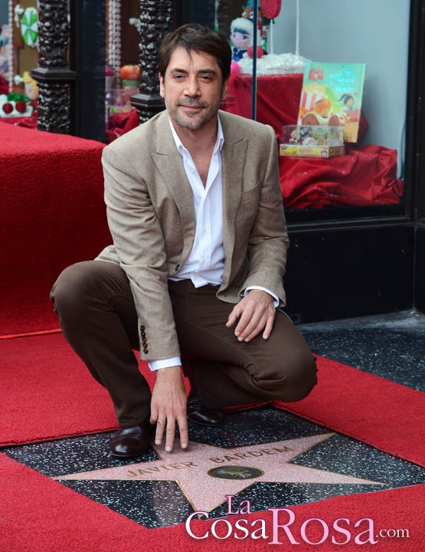 Javier Bardem consigue su estrella en el Paseo de la fama de Hollywood
