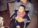 Snooki, sin maquillaje, posa con el adorable Lorenzo