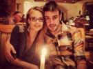 Dasha Kapustina y Fernando Alonso dan la bienvenida a 2013