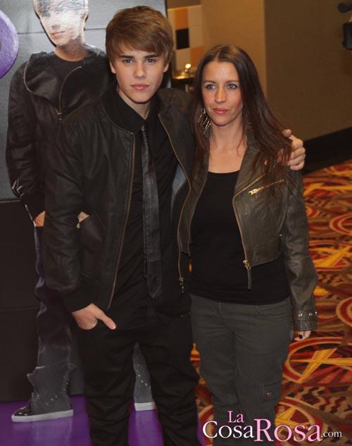 Justin Bieber, incómodo con la implicación de su madre en un corto contra el aborto