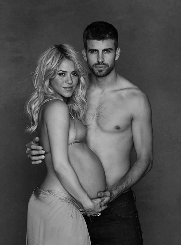 El posado solidario de Shakira y Gerard Piqué