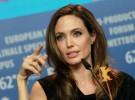 Angelina Jolie es nombrada Dama de la corona británica