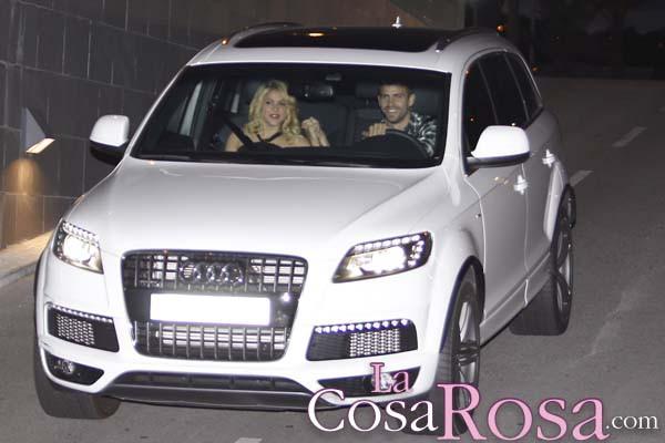 Shakira y Gerard Piqué, su bebé nacerá en enero